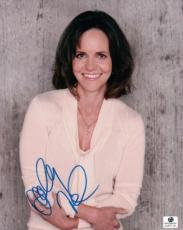 Sally Field Signed 8X10 Photo Autograph Candid Smiling Shot GV677101