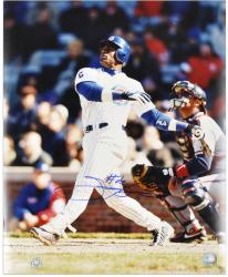 Sammy Sosa Chicago Cubs Autographed 16'' x 20'' Looking Up Photograph - Mounted Memories