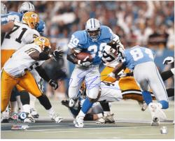 Barry Sanders Detroit Lions Autographed 16'' x 20'' vs Green Bay Packers Photograph - Mounted Memories