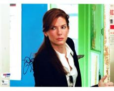 Sandra Bullock Signed Authentic Autographed 8x10 Photo PSA/DNA #Q73015