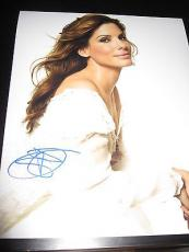 SANDRA BULLOCK SIGNED AUTOGRAPH 8x10 PHOTO SEXY BABE IN STYLE IN PERSON COA NY D