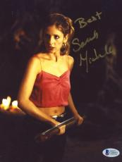 "Sarah Michelle Gellar Autographed 8""x 10"" Buffy The Vampire Slayer Holding Stake Photograph - Beckett COA"
