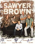 SAWYER BROWN HAND SIGNED 8x10 COLOR PHOTO+COA       SIGNED BY THE WHOLE BAND