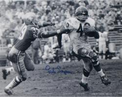 "Gale Sayers Chicago Bears Autographed 16"" x 20"" vs. San Francisco 49ers Photograph"