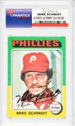 Mike Schmidt Philadelphia Phillies Autographed 1975 Topps #70 Card - Mounted Memories