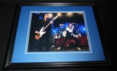 Scott Weiland Stone Temple Pilots in concert Framed 8x10 Photo Poster