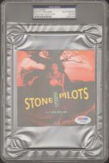 """SCOTT WEILAND Stone Temple Pilots Signed """"CORE"""" CD Cover PSA/DNA SLABBED #Z50142"""