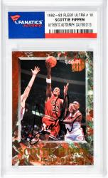 Scottie Pippen Autographed Chicago Bulls 1992-93 Fleer Ultra #10 Card