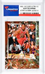 Scottie Pippen Autographed Chicago Bulls 1992-93 Fleer Ultra #8 Card