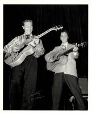 Scotty Moore Signed Elvis Presley Big Smile Photo AFTAL