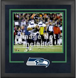 Seattle Seahawks Deluxe 16'' x 20'' Horizontal Photograph Frame with Team Logo - Mounted Memories