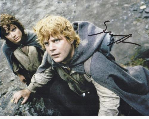 Sean Astin Signed - Autographed LORD OF THE RINGS 8x10 inch Photo - Guaranteed to pass PSA or JSA