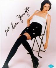 Sean Young autographed photo 8x10 (Ace Ventura star Lois Einhorn aka Ray Finkle)