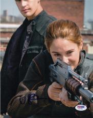 Shailene Woodley autographed Divergent Insurgent Tris 8x10 Photo PSA/DNA Y35763