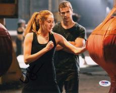 Shailene Woodley autographed Divergent Insurgent Tris 8x10 Photo PSA/DNA Y35771