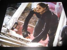 SHAILENE WOODLEY SIGNED AUTOGRAPH 8x10 DIVERGENT PROMO IN PERSON COA AUTO N