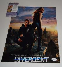 Shailene Woodley Theo James signed *Divergent* 11x14 photo JSA Authentic M84042