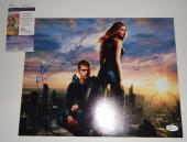 Shailene Woodley Theo James signed *Divergent* 11x14 photo JSA Authentic M84045