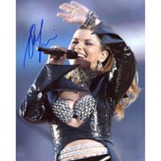 Shania Twain Autographed 8x10 Photo