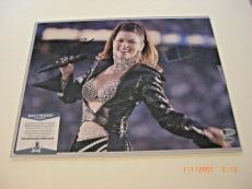 Shania Twain Famous Country Singer Beckett/coa Signed 11x14 Photo