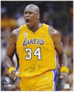 "Los Angeles Lakers Shaquille O'Neal Autographed 16"" x 20"" Photo --"