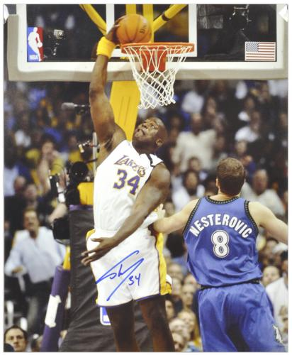"Shaquille O'Neal Los Angeles Lakers Autographed 16"" x 20"" Dunk Photograph - Mounted Memories"
