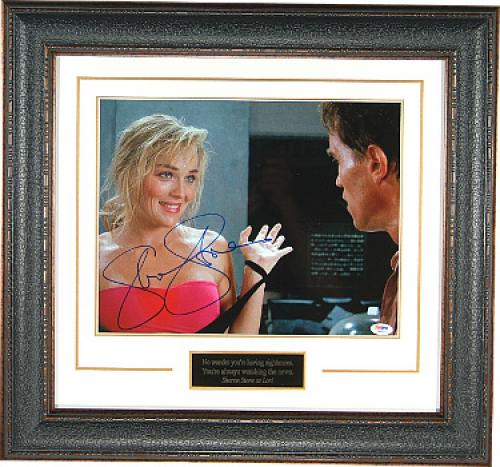 Sharon Stone signed Total Recall Hands Up 11x14 Photo Leather Framed (w/ Arnold Schwarzenegger)- PSA Holo (entertainment/movie)