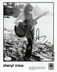 SHERYL CROW HAND SIGNED 8x10 PHOTO      GREAT POSE   SOAK UP THE SUN         JSA