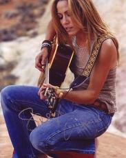 SHERYL CROW signed 8X10 photo W/COA *All I Wanna Do*