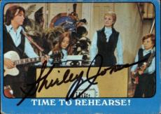 Shirley Jones The Partridge Family Mom Signed Trading Card 1971 Topps #37a Id #3