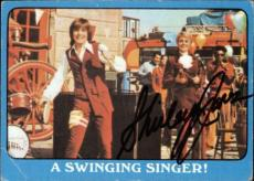 Shirley Jones The Partridge Family Mom Signed Trading Card 1971 Topps #39a Id #3