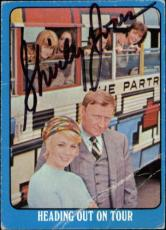 Shirley Jones The Partridge Family Mom Signed Trading Card 1971 Topps #40a Id #3