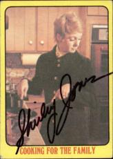Shirley Jones The Partridge Family Mom Signed Trading Card 1971 Topps #55  Id #3