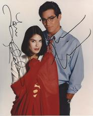 "Signed by DEAN CAIN as SUPERMAN and TERI HATCHER as LOIS LANE in TV Series ""LOIS & CLARK"" 8x10 Color Photo"