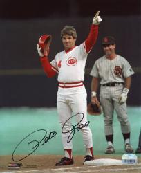 """Pete Rose Cincinnati Reds 4192 Autographed 8"""" x 10"""" Photograph"""