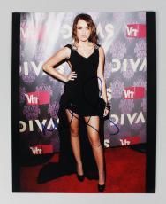Singer Hannah Montana Miley Cyrus Signed Autographed 8×10 Photo (COA JSA)