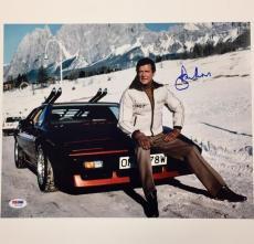 SIR ROGER MOORE Signed 007 James Bond 11x14 Photo #6 PSA/DNA COA Autograph Auto