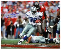 Emmitt Smith Dallas Cowboys Autographed 16'' x 20'' vs Tampa Bay Bucaneers Photograph - Mounted Memories