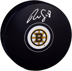 Reilly Smith Boston Bruins Autographed Hockey Puck - Mounted Memories