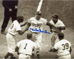 SNIDER, DUKE AUTO (DODGERS/B/W/WITH TEAMMATES) 8X10 PHOTO - Mounted Memories