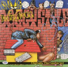 Snoop Dogg Autographed DoggyStyle Album Cover - PSA/DNA
