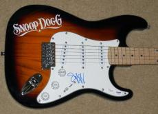 Snoop Dogg Autographed Guitar (psa/dna Authenticated!)