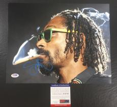 SNOOP DOGG SIGNED DOGGSTYLE 'SMOKING ON STAGE' 11x14 PHOTO PSA/DNA COA 3