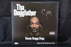 Snoop Dogg signed Tha Doggfather LP autographed album PSA X71487
