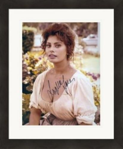 Sophia Loren autographed 8x10 photo (Italian Film Actress) #2 Matted & Framed