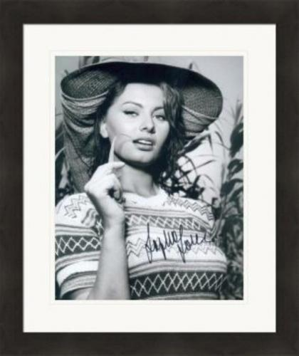Sophia Loren autographed 8x10 photo (Italian Film Actress) #4 Matted & Framed