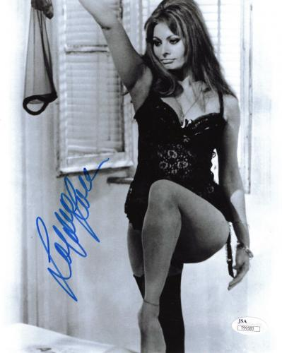 SOPHIA LOREN HAND SIGNED 8x10 PHOTO       SEXY POSE IN BLACK LINGERIE        JSA