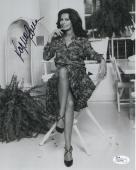 SOPHIA LOREN HAND SIGNED 8x10 PHOTO        STUNNING ACTRESS     SEXY LEGS    JSA
