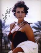 SOPHIA LOREN Hand Signed BAS BECKETT COA 8x10 Photograph Autographed Authentic