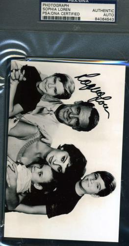 SOPHIA LOREN Hand Signed PSA DNA COA Photo Cary Grant Autographed Authentic